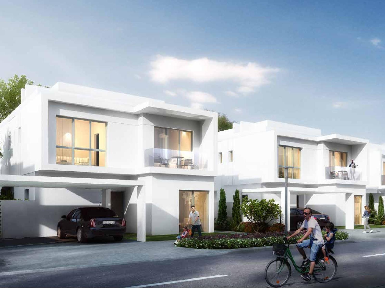 Semi-detached 4 BR Townhouse in Arabella 3