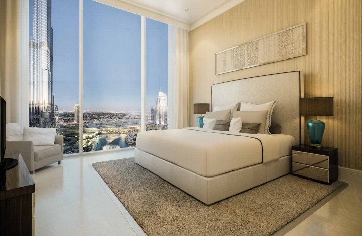 Luxury 2 BR Apartment in Opera Grand